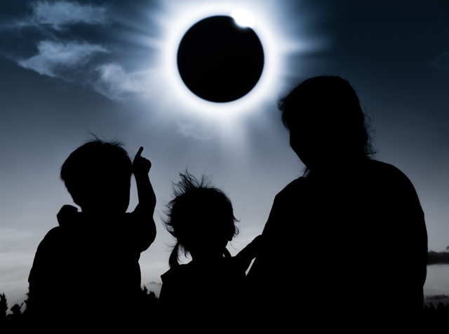 SolarEclipse2-640-0817.png